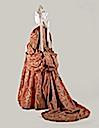 1708 Mantua dress at the Metropolitan Museum, bustle and train