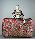 1740-1745 British court mantua (Victoria and Albert Museum)