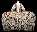 1740-1745 court mantua (Victoria and Albert Museum) front view