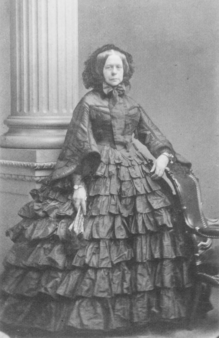 1860 Duchess Elisabeth Alexandrine of Württemberg, Princess William of Baden by ? (Royal Collection) Wm detint inc. contrast