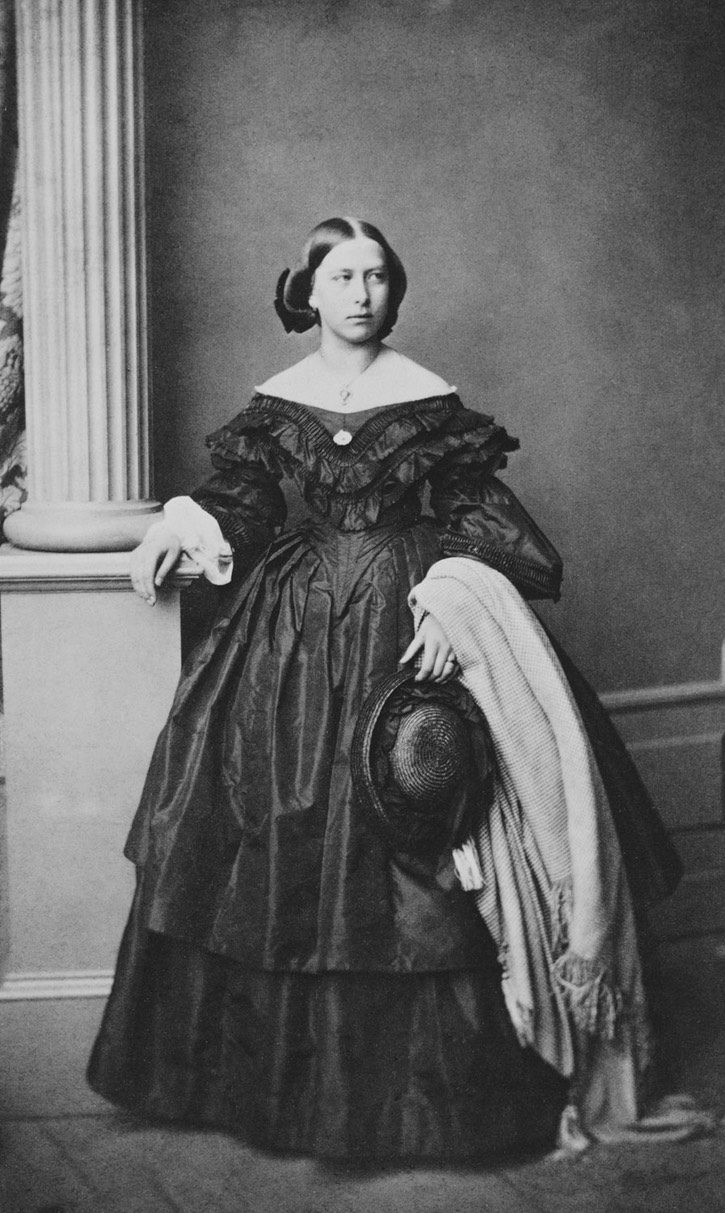 1860 Princess Anna of Hesse-Darmstadt, Grand Duchess of Mecklenburg-Schwerin From the lost gallery's photostream on flickr deflaw despot