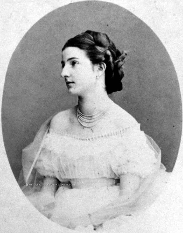 1860s Margherita in crinoline From Google search attributed to carolath habsburg detint