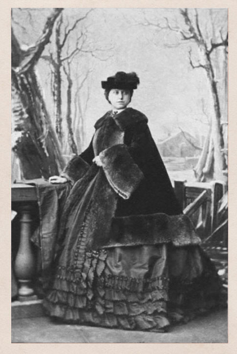 1861 (May 24) Viscountess Somerton, née Caroline Susan Augusta Barrington From thedreamstress.com-2011-11-more-terminology-what-is-a-pardessus-1861_may_24-viscountess-somerton-