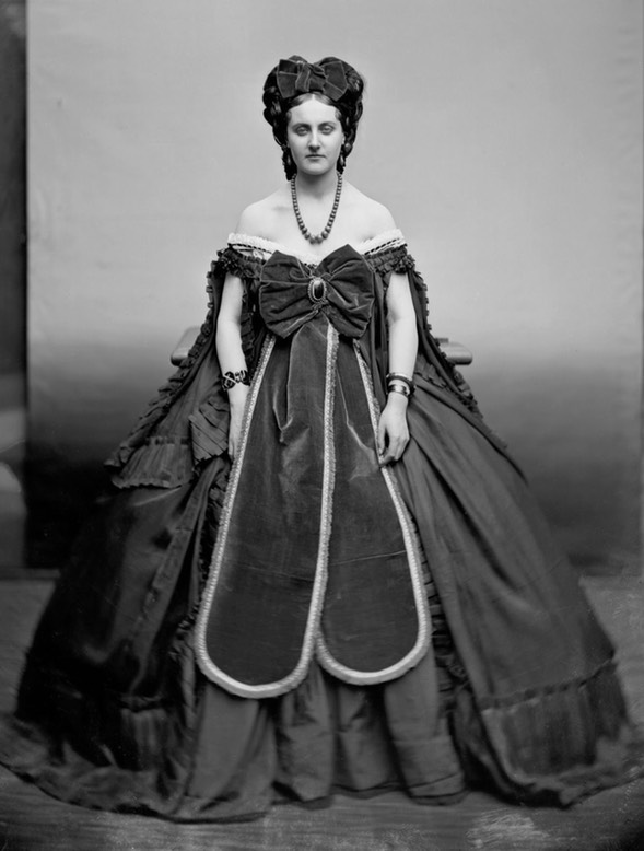 1870s (?) Countess Castiglione wearing dress with two skirt panels by Pierre Louis Pierson UPGRADE From mashable.com:2016:05:03:virginia-oldoini:?utm cid=mash-com-fb-retronaut-link#FAcs9.komkq0 detint
