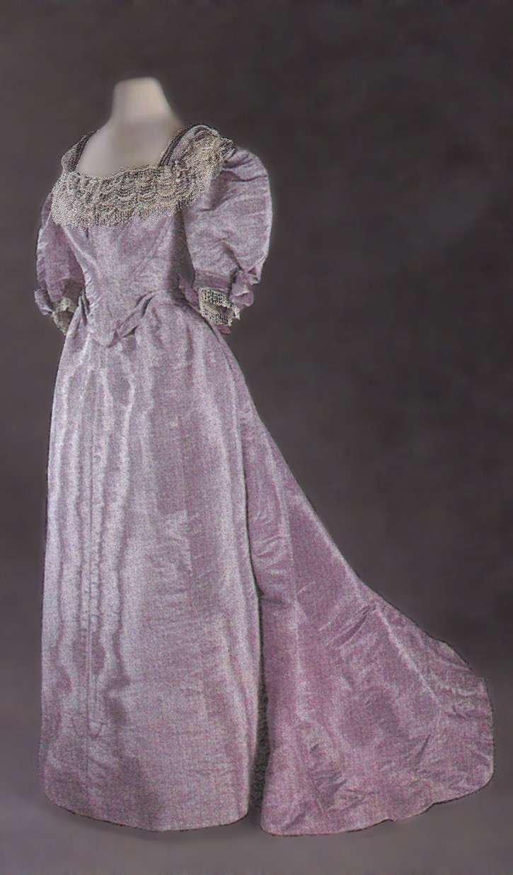 1896 Princess of Wales Alexandra's dress (Museum of Costume - Bath, Somerset UK) From fripperiesandfobs.tumblr.com mod