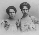 1900s (early) Grand Princess Victoria Melita of Hesse and sister, Princess Beatrice of Edinburgh, later Duchess of Galliera From carolathhabsburg.tumblr.com:tagged:Royalty:page:25 detint