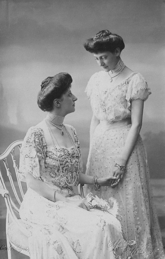 1900s (early) Princess Ingeborg and Thyra of Denmark, daughters of Frederik VIII of denmark and consort, Queen Lovisa, neé Sweden From royalwatcher.tumblr.com/post/81897237831/carolathhabsburg-danish-sisters-princess despot background detint X 1.5