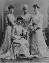 ca. 1906 Thyra and daughters