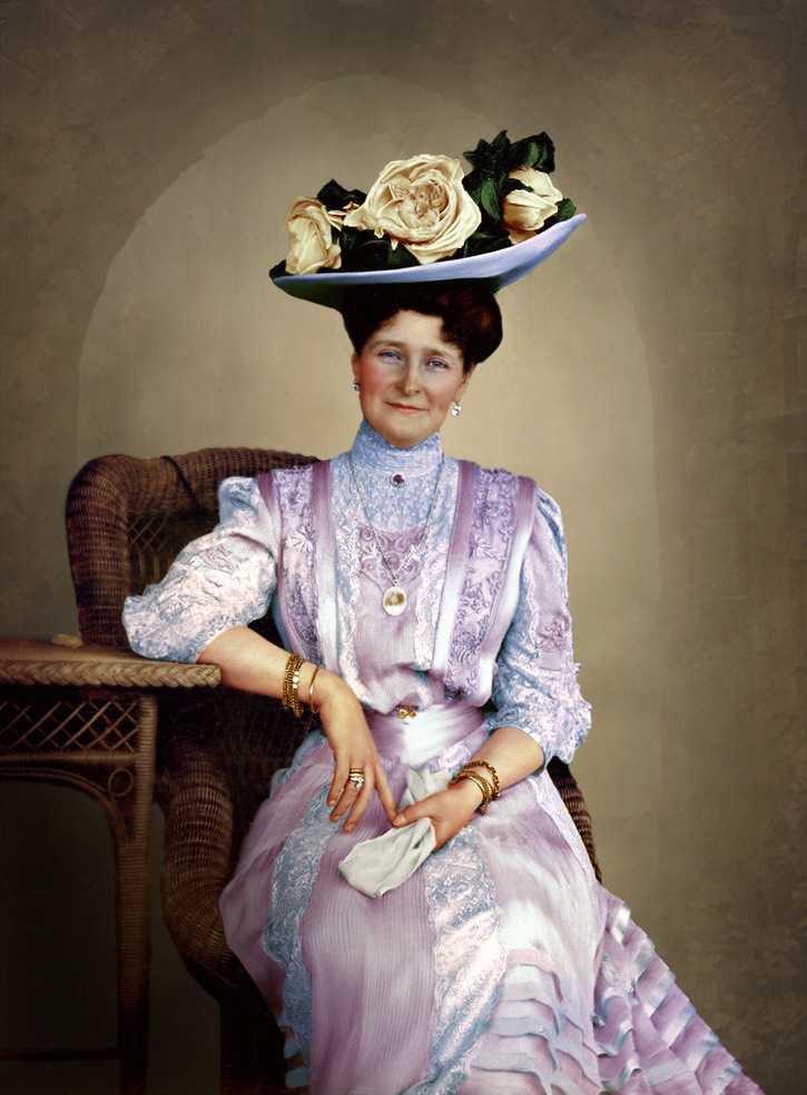 1908 Empress Alexandra Feodorovna of Russia colorized by Alix of Hesse From imperial-russia.tumblr.com/post/112407768295/empress-alexandra-empress-alexandra-feodorovna-of