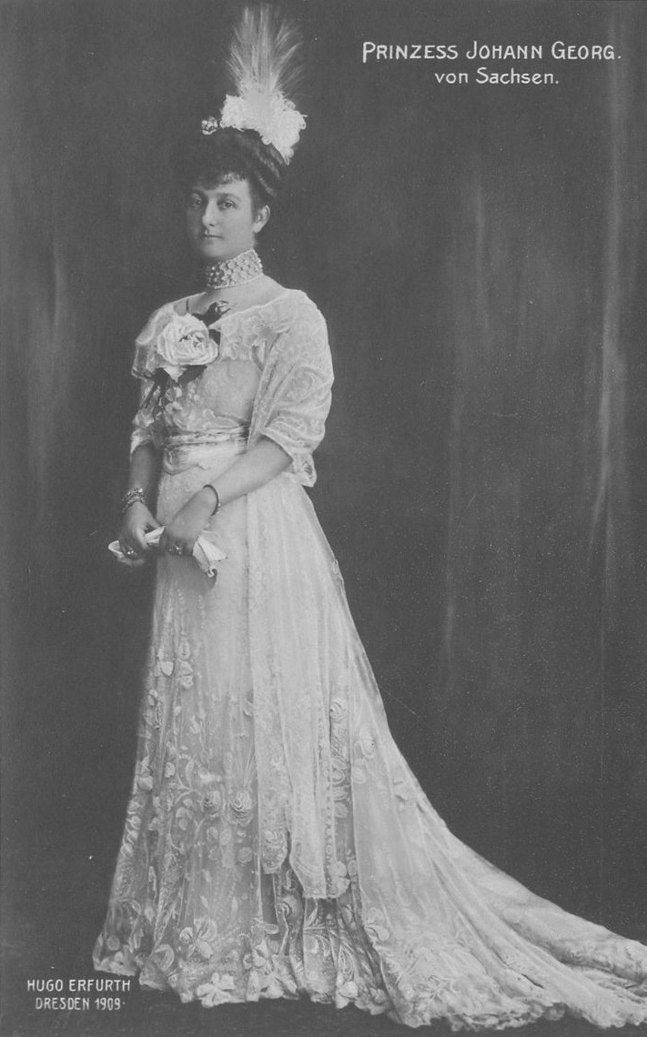 1909 Princess Maria Immaculata of Saxony, née Princess of Bourbon-Two Sicilies, wife of Prince Johann Georg of Saxony by Erfurth UPGRADE attributed to eBay from Google search detint