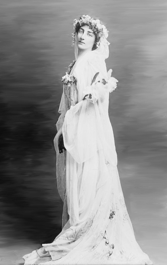 1910 Miss Deacon wedding dress for marriage to Prince Antoine-Albert-Radziwill LCBain