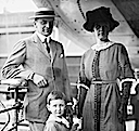 ca. 1914 Count Moltke with wife Cornelia, née Van Rensselaer Thayer and child