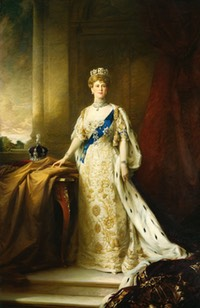 1911 Queen Mary coronation protrait by Sir William Llewellyn (Royal Collection)