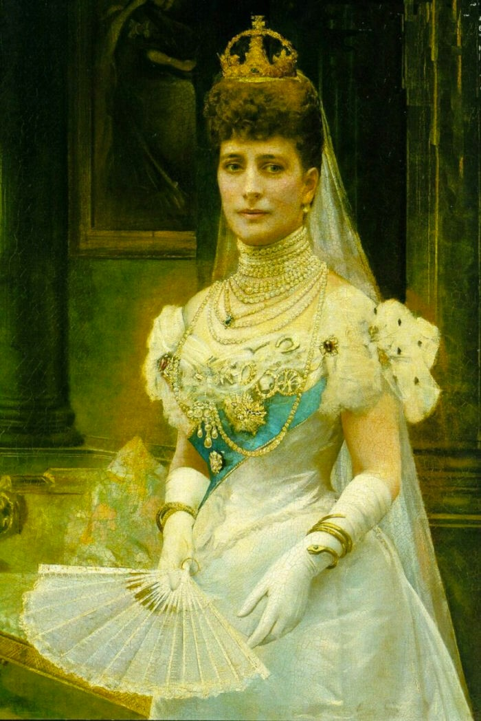 Alexandra in white satin and necklaces by ? (location unknown to gogm)