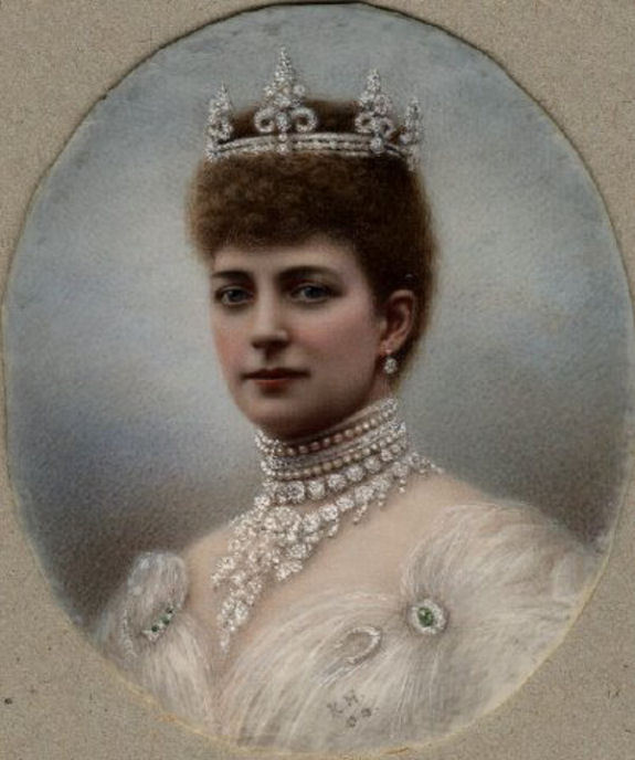 1905 Queen Alexandra miniature portrait by Kate Harris (location unknown to gogm)
