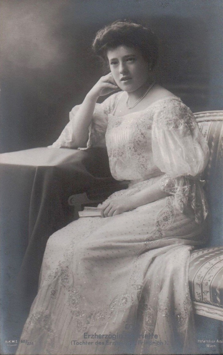 Archduchess Isabella of Austria, Princess Georg of Bavaria. From pinterest.com:titanicfaces:monarchy-austria: inc. contrast