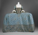 ca. 1750 British court dress (Metropolitan Museum) front view