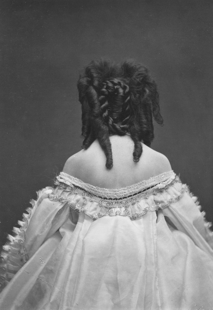ca. 1865 Elaborately coiffed Countess Castiglione from the back From mashable.com/2016/05/03/virginia-oldoini/?utm_cid=mash-com-fb-retronaut-link#FAcs9.komkq0 detint