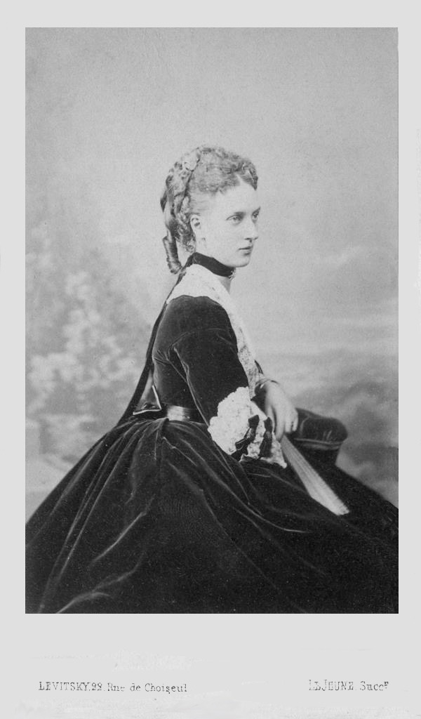 ca. 1870 Princess of Wales Alexandra looking sideways by Sergei Levitsky UPGRADE eBay detint fixed borders and skirt at left edge