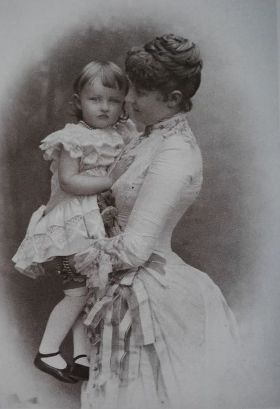 ca. 1883 (estimate based on age of child) Princess Louise of Belgium by ? From pinterest.com:MntShark:late-victorian-portraits-and-photos:photographs: trimmed