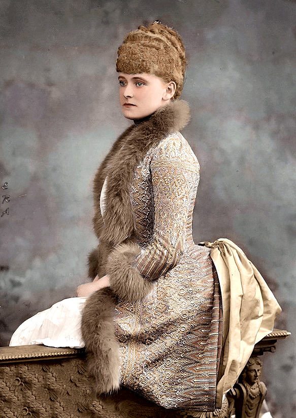 ca. 1888 Colorized Daisy Greville, Countess of Warwick attributed to Herbert Beraud colorized by nikolaevnas (Elizabeth:Liz:Lizzie) From nikolaevnas.tumblr.com:tagged:colorization:page:21