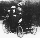 """ca. 1900"" Victoria Sackville-West and daughter Vita out for a drive"
