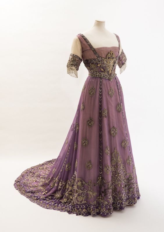 ca. 1908 Purple silk chiffon dress belonging to Alexandra made by Madame Doeuillet, of very fine, heavily embroidered silk chiffon (location ?) From pinterest.com/aprilratcliffe/vintage/.jpg