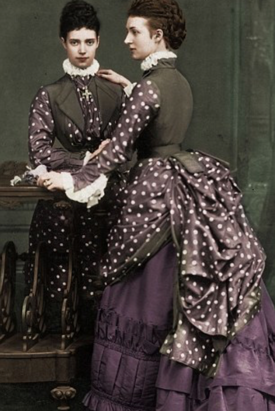 Colorized photo of Alexandra and Dagmar From dailymail.co.uk/femail/article-2552270/Royal-Cousins-War-tells-family-rift-saw-George-V-Tsar-Nicholas-against-German-cousin.html