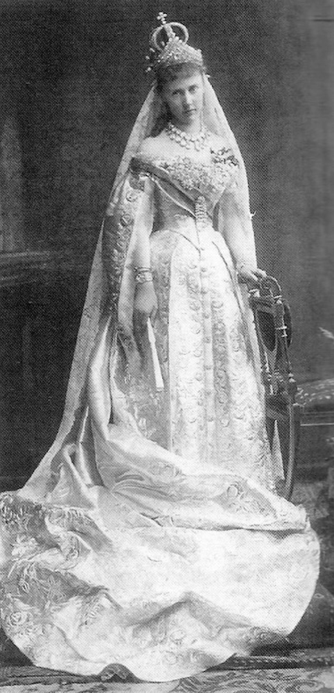 Elizaveta Mavrikievna's wedding dress without robes UPGRADE From tumblr.com:tagged:grand-duchess-elizaveta-mavrikievna fixed l. side of bottom edge detint