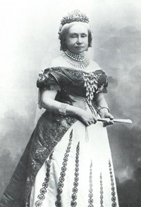 Grand Duchess Sophie of Saxe-Weimar, née Netherlands in full dress Wm