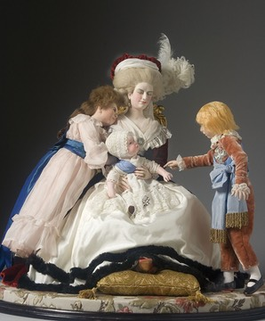 1788 Figurine of Marie-Antoinette and her children after Vigée-Lebrun (Museum of Ventura County - Santa Paula, California USA)
