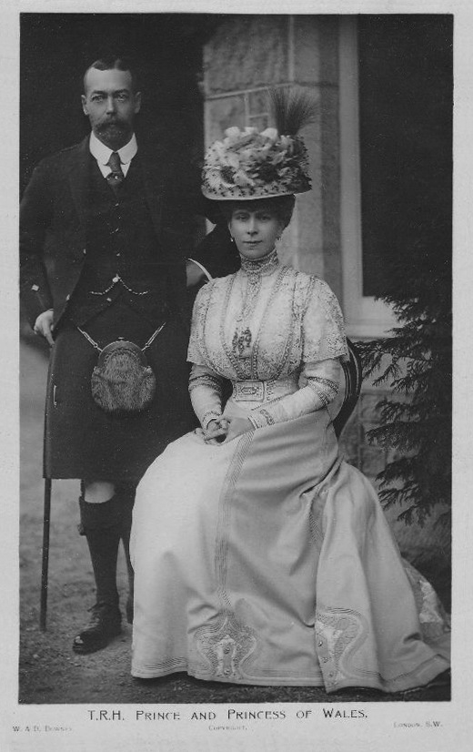 Prince and Princess of Wales post card EB despot detint
