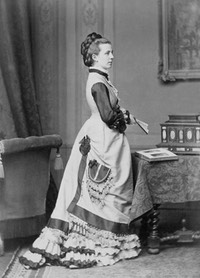 Princess Albrecht of Prussia, née Princess Marie of Saxe Altenburg (1854-1898) From carolathhabsburg.tumblr.co::post:105886419967:princess-albretch-of-prussia-neé-princess-marie detint despot desmudge delogo