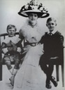 1910 Princess Daisy of Pless with children Hansel and Lexel