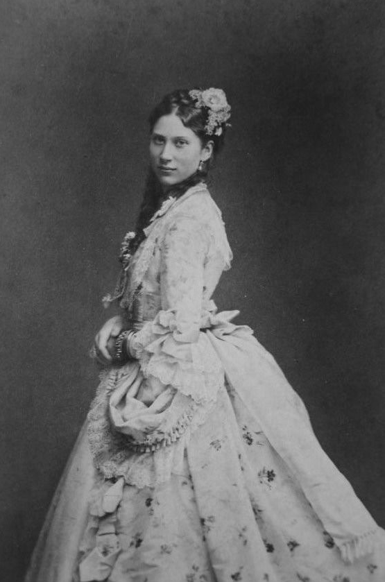 Princess Louise of Sweden, later Queen Louise of Denmark From pinterest.com/ajackson1912/house-of-glucksburg/ removed navigation mark fixed extreme corners detint