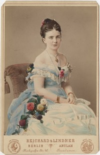 Princess Maria Anna of Anhalt-Dessau - Hand Colored Cabinet Card From pinterest.com:l2footemartin:royals-anhalt: