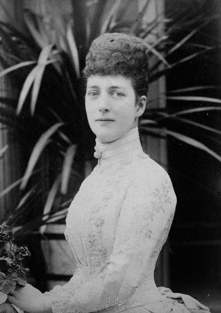 Princess Alexandra wearing a light-color bustle dress From teatimeatwinterpalace.tumblr.com:page:36 detint minor crop