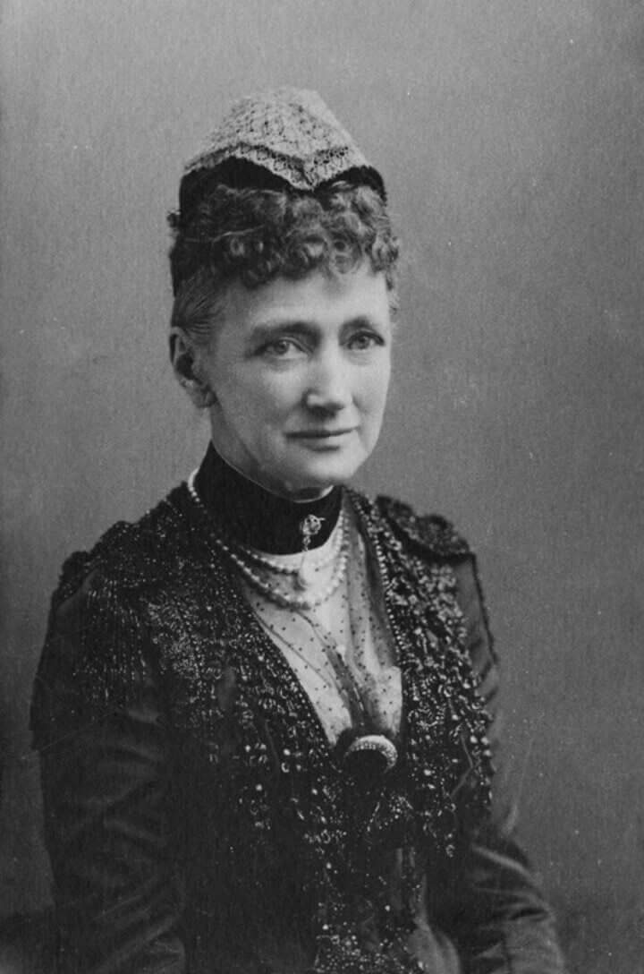 Queen Louise of Denmark, the maternal grandmother of Tsar Nicholas ll of Russia From pinterest.com/ajackson1912/house-of-glucksburg/ detint