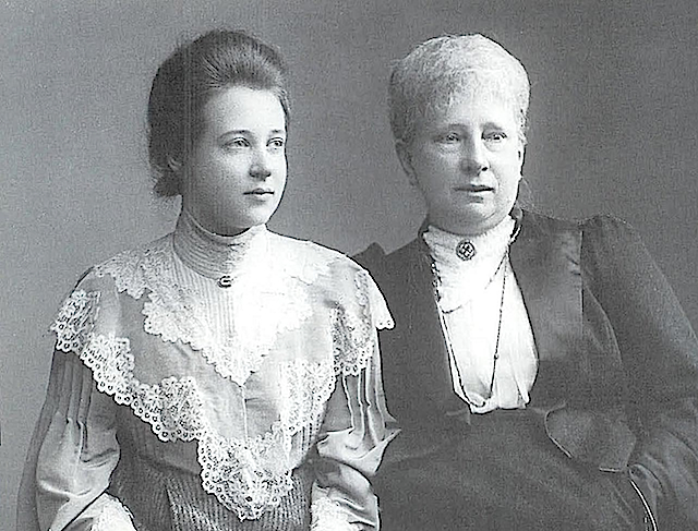 Sophie Renate of Reuss and Marie Alexandrine, nee Pss of Saxe-Weimar-Eisenach APFxThijs 23 Jan06