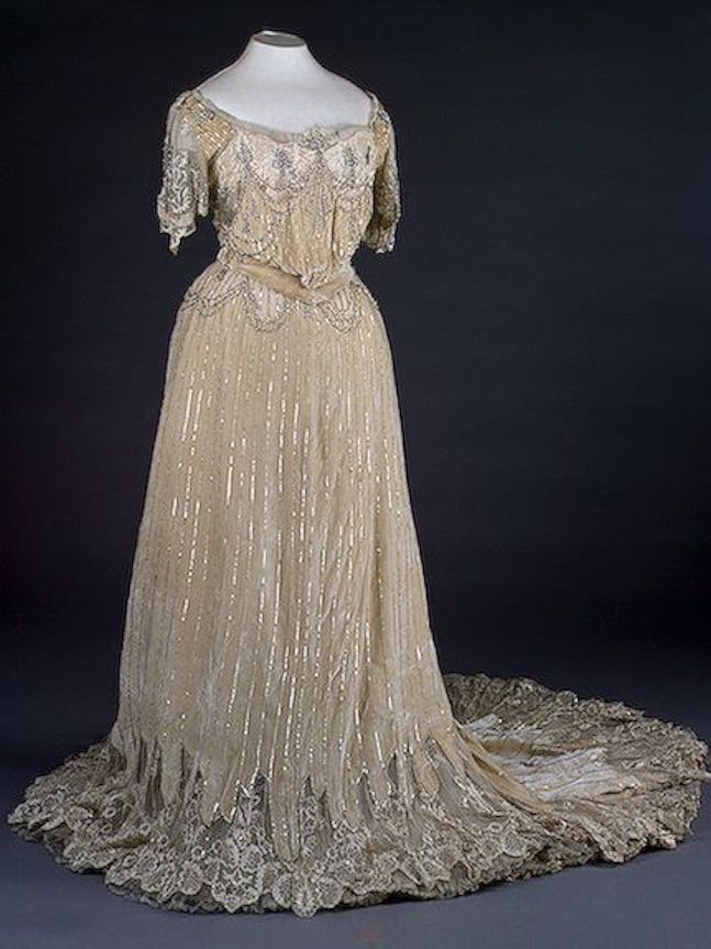 Turn of  last century Ceremonial Court Dress by N. P. Lamanova's Workshop (State Hermitage Museum - St. Petersburg federal city, Russia) From pinterest.com:1stbluestocking:robe-de-cour-18771929: X 1.5